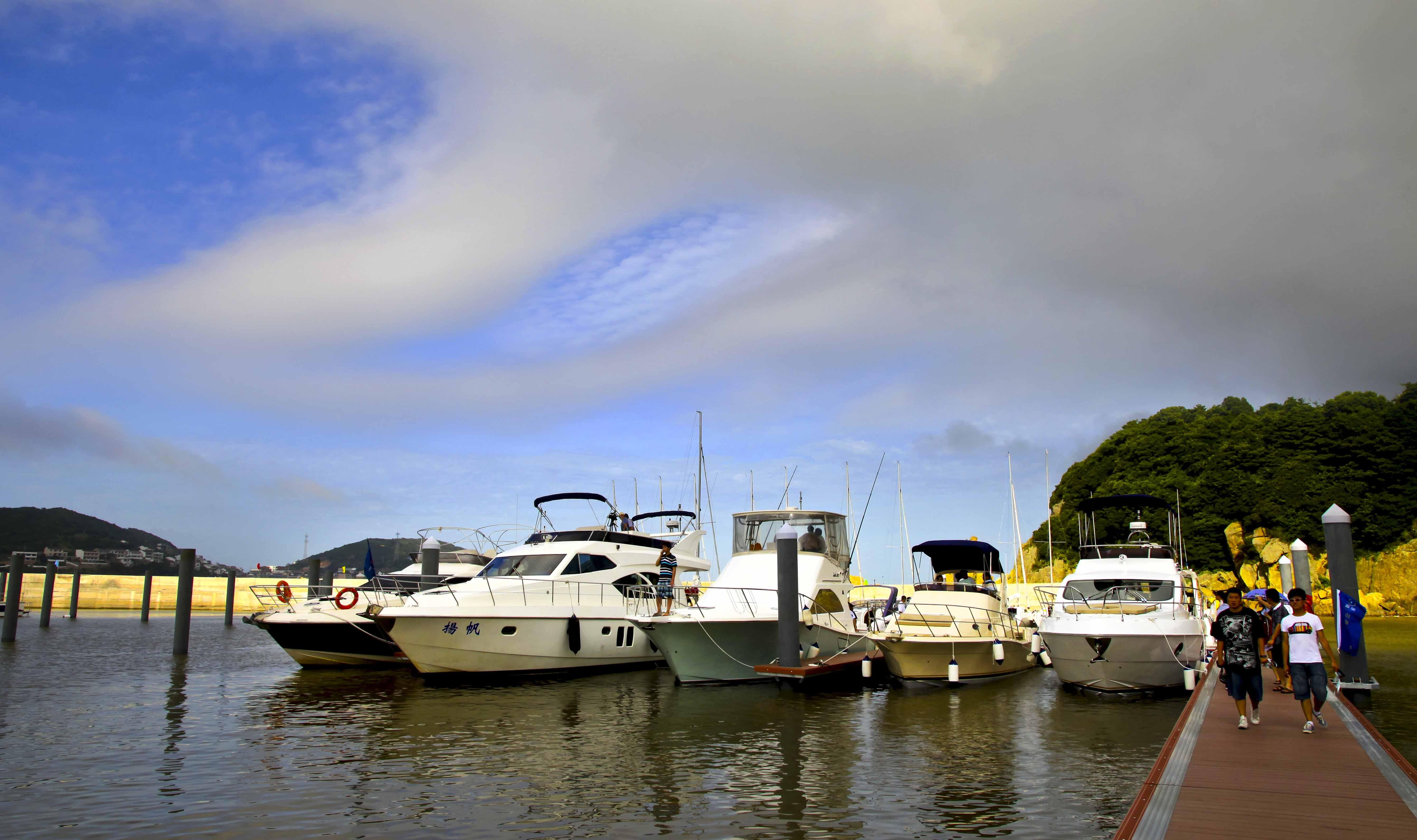 舟山首届国际游艇展
